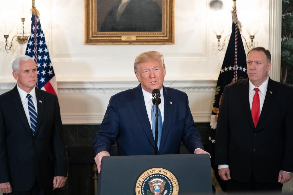 Donald Trump y Mike Pompeo